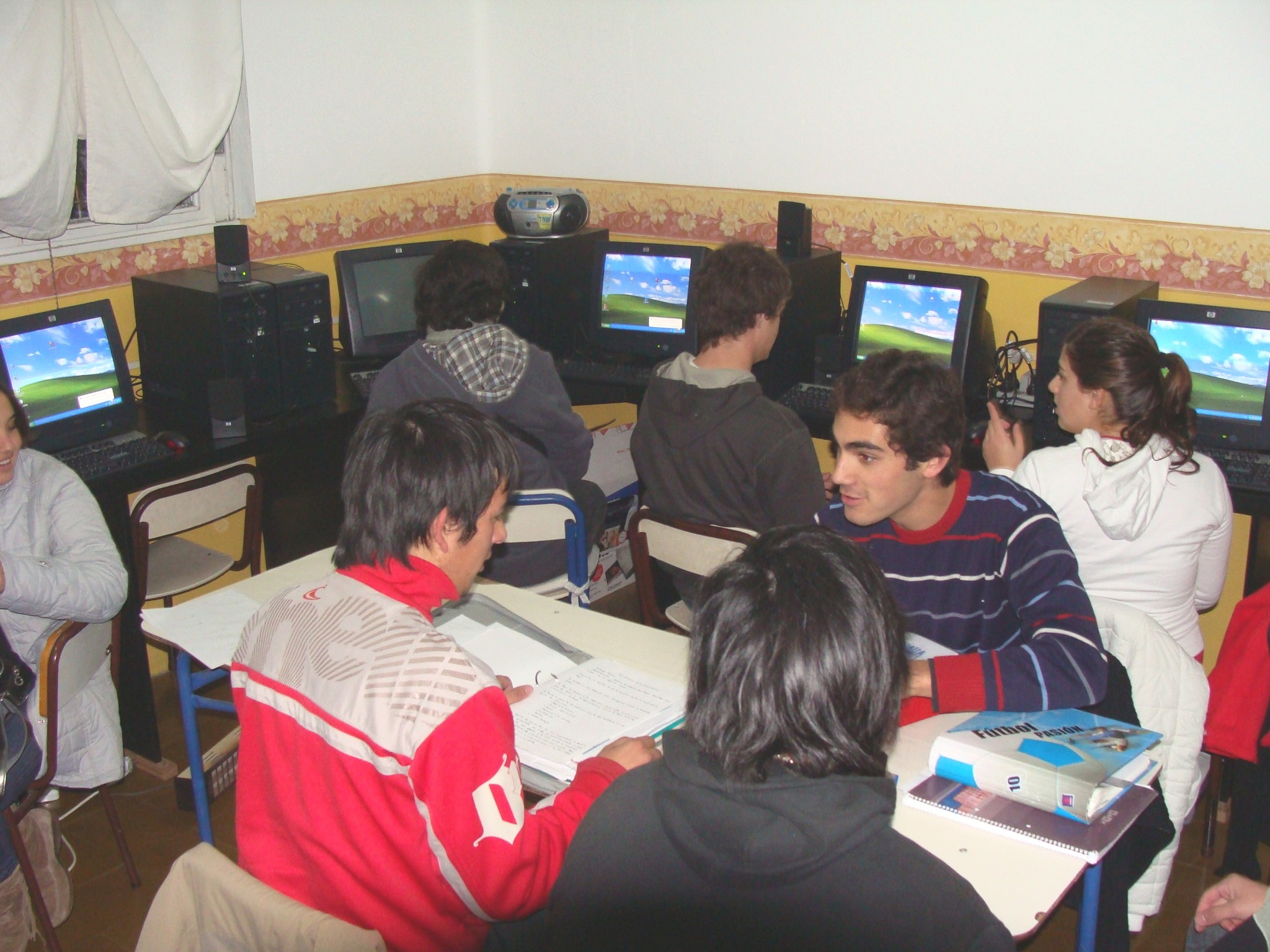 Instituto superior de formaci n docente y t cnica n 215 for Instituto formacion docente